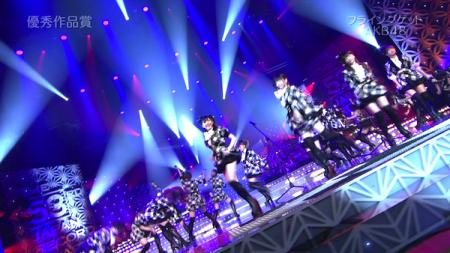 日本レコード大賞受賞前のAKB48のパフォーマンス「フライング・ゲット」12