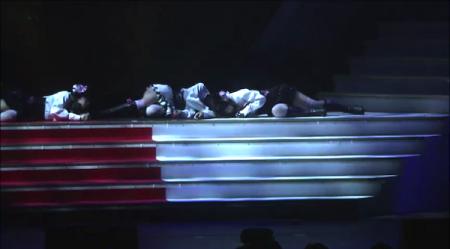 AKB48紅白対抗歌合戦「抱きしめられたら」NMB48 山本彩×山田菜々×渡辺美優紀1
