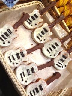 AKB48CAFE SHOP HAKATAのギターパン