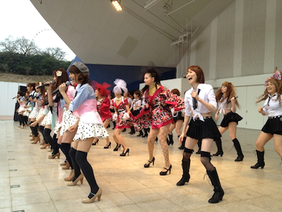 SDN48東京最後の握手会 戸賀崎智信さんの google+より12