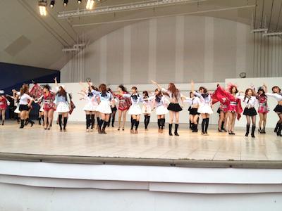 SDN48東京最後の握手会 戸賀崎智信さんの google+より13