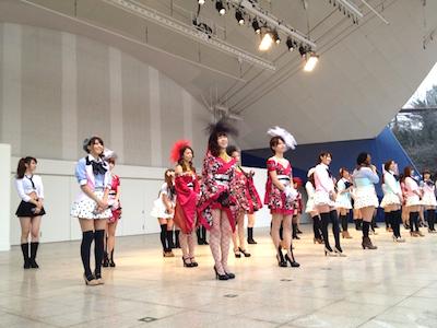 SDN48東京最後の握手会 戸賀崎智信さんの google+より8