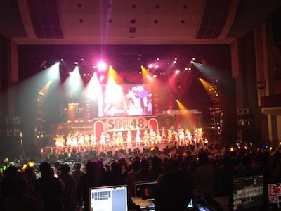 SDN48 卒業コンサート「NEXT ENCORE」戸賀崎智信さんの google+より40