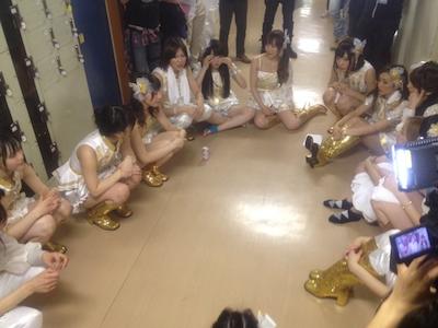 AKB48全国ツアーin山梨チームKとがちゃんレポート99 チームKは反省会中