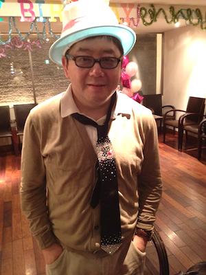 篠田からのプレゼントはデコったネクタイ( *`ω´)