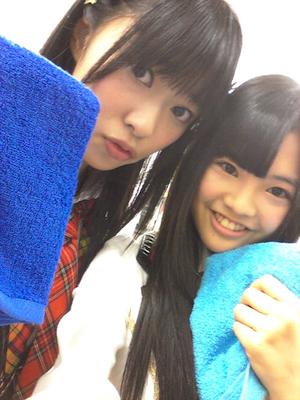 今日のじゃんけん大会では 青色のタオルを持って挑んだの!!
