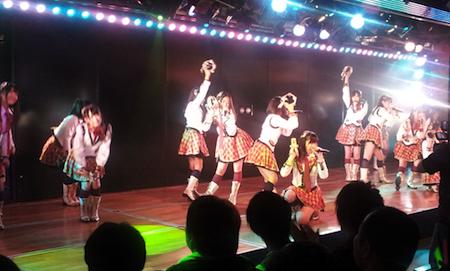 18:00公演始まりました。